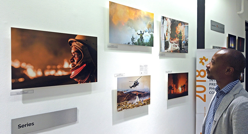 An exhibition of works by talented young photographers selected by the Andrei Stenin Contest jury opened in Johannesburg, South Africa. The exhibition is part of the 2018 winners' tour that started in Moscow in early November. The winning entries will be on display at the Market Photo Workshop until February 25.